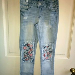 Arizona girls youth floral embroidery stretch jean